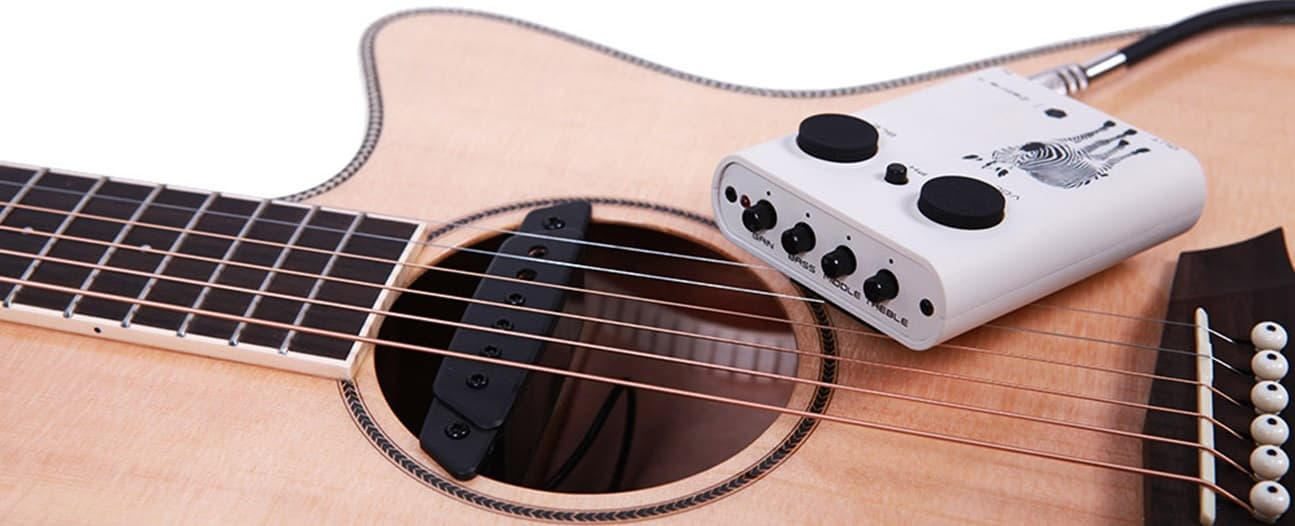acoustic guitar pickups your ultimate guide from andertons music co. Black Bedroom Furniture Sets. Home Design Ideas